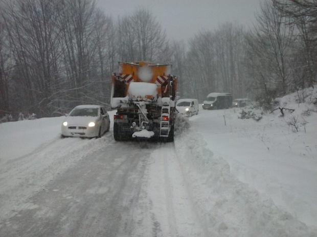 Укината забраната за автобуси и камиони на патниот правец Тетово-Попова Шапка