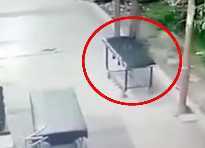 Ќе се шокирате- Погледнете што снимила сигурносната камера во болница
